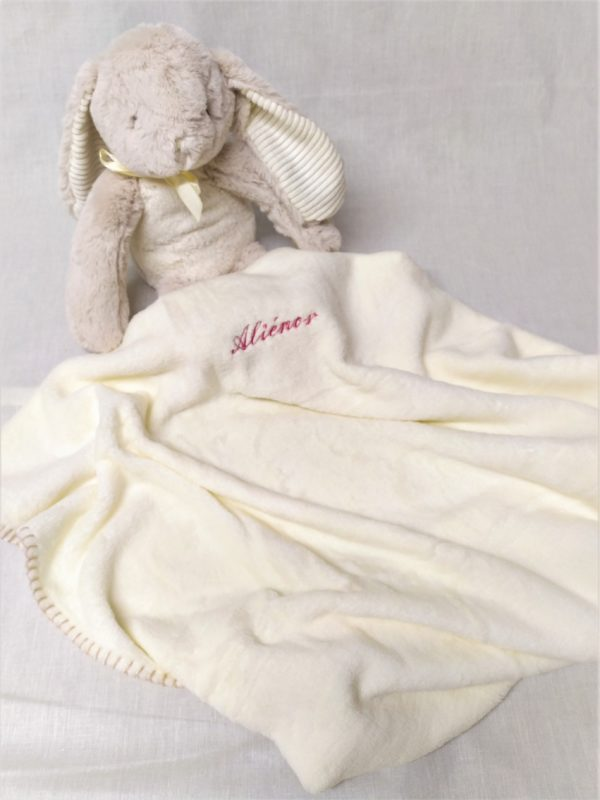 couverture peluche lapin